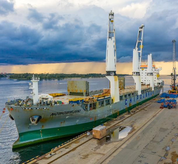 Maritime chartering